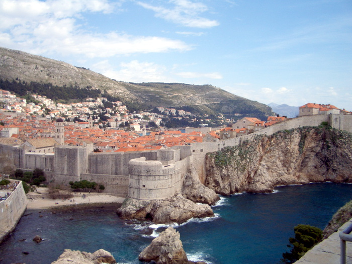 top10_finland_dubrovnik_wall