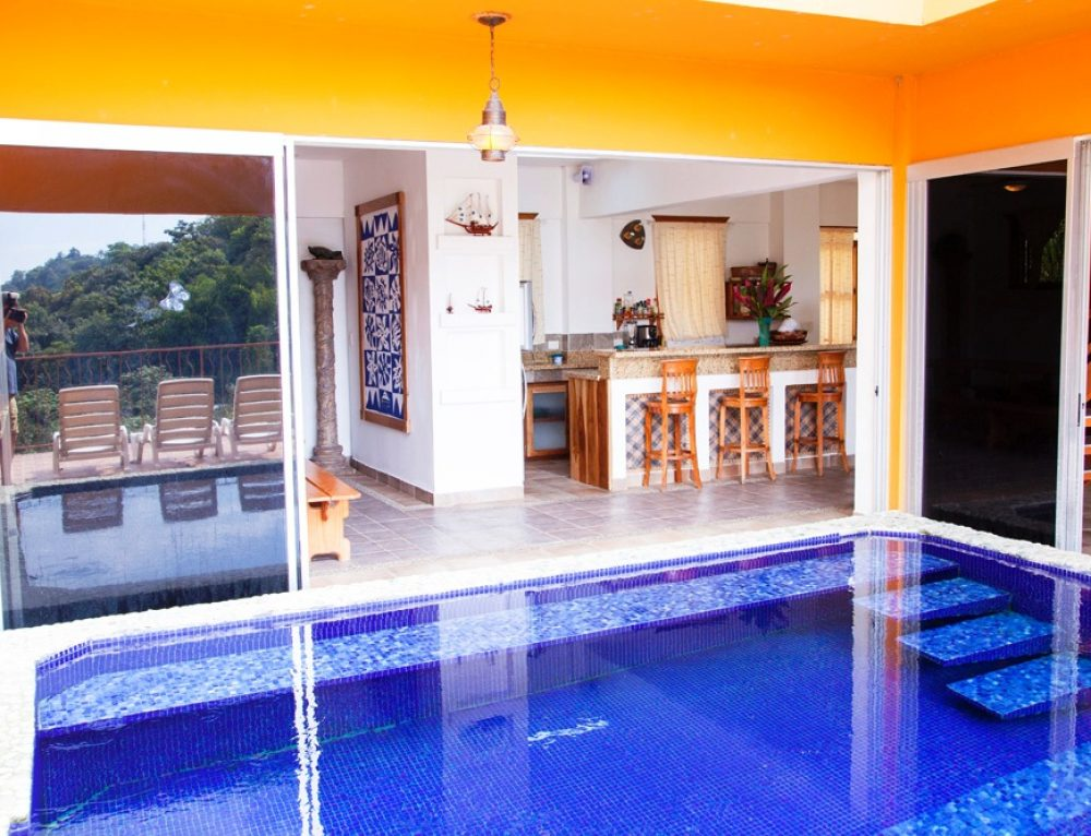 Long term house rentals in manuel antonio for Luxury rentals in costa rica
