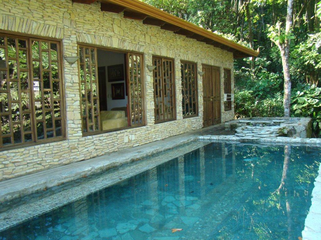 Quetzal House (3 BR)